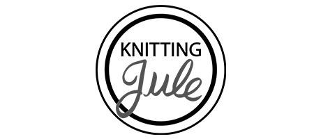 Knitting Jule